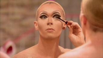 RuPaul's Drag Race: Season 7: Glamazonian Airways